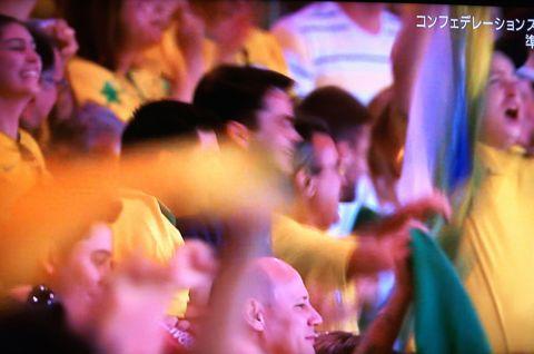 コンフェデレーションズカップ2013ブラジル大会 準決勝 ブラジル対ウルグアイ ネイマール フッキ マルセロ ダニエウ・アウベス パウリーニョ 2.jpg