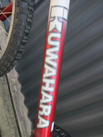 KUWAHARA KZ-03 ET20周年復刻版 300台限定の希少モデル 世界300台限定 ET自転車 ET BMX オールドBMX ヴィンテージBMX 80年代当時のフレーム クワハラバイク h.jpg