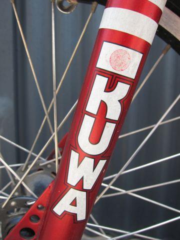 KUWAHARA KZ-03 ET20周年復刻版 300台限定の希少モデル 世界300台限定 ET自転車 ET BMX オールドBMX ヴィンテージBMX 80年代当時のフレーム クワハラバイク o.jpg
