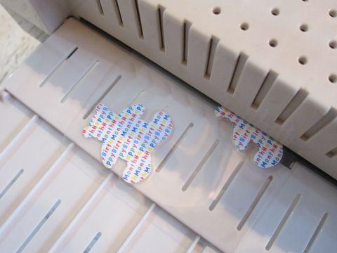 ペーパークラフト クラフトパンチ Fiskars/フィスカース ハンドパンチ 1:4Bone(ボーン) 骨型 カーラクラフト メガパンチ メガジャンボ Carla Craft 13.jpg
