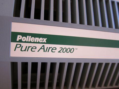 アメリカのマイナスイオン発生器 インダストリアル USA デザイン Pollenex Pure Aire 2000 マイナスイオン発生器 効果 マイナスイオン発生装置 花粉症対策 花粉症 効果 2.jpg