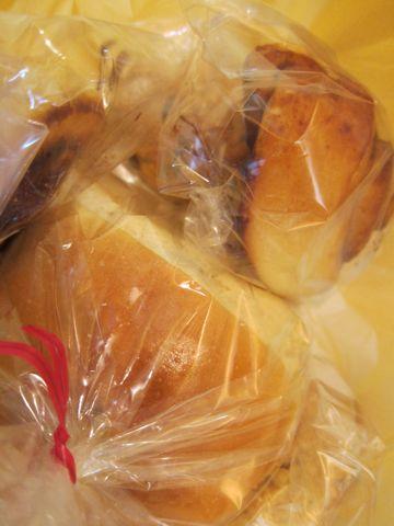 Baking Lab おいしいパン屋さん 文京区 白山 隠れ家パン屋さん 天然酵母 オーガニック 有機 金曜土曜の二日のみの営業 天然酵母を使ったパン屋さん 限定営業 n.jpg