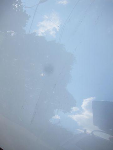 車 事故 ヘコミ 傷 ボンネット 天井 屋根 板金 値段 修理 価格 保険 保証 見積り 東京 業者 塗装 やり方 自動車修理 実費 いくら? 安心 信頼 車業者 4.jpg