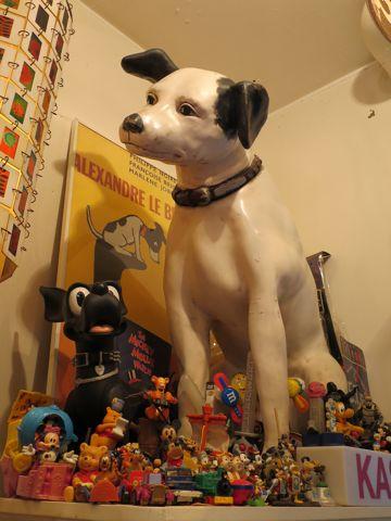 ニッパービクター犬店頭ディスプレイ店看板レアKFCケンタッキーライト店舗ディスプレイSTAR WARSスターウォーズフィギュアゴーストバスターズETスヌーピーUSTOY2.jpg