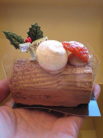 ブッシュドノエル ブッシュ・ド・ノエル クリスマスケーキ クリスマスロールケーキ レシピ 画像 予約 人気 意味 通販 簡単 作り方 東京 Xmas Christmas cake 1.jpg