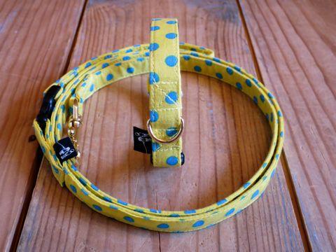 フントヒュッテオリジナル首輪カラーリードリーシュハーネス文京区かわいい犬の首輪東京ヴィンテージ生地ファブリック水玉模様ポルカドット Polka Dot Collar Leash Harness_1.jpg