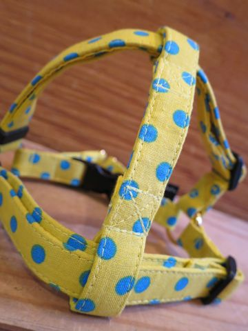 フントヒュッテオリジナル首輪カラーリードリーシュハーネス文京区かわいい犬の首輪東京ヴィンテージ生地ファブリック水玉模様ポルカドット Polka Dot Collar Leash Harness_10.jpg