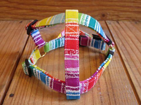 フントヒュッテオリジナル首輪カラーリードリーシュハーネス文京区かわいい首輪東京ビンテージファブリック生地くれよん柄虹レインボー crayon rainbow Collar Leash Harness_d.jpg