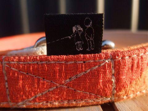 フントヒュッテオリジナル首輪カラーリードリーシュハーネス文京区hundehutte東京かわいい犬の首輪ビンテージファブリック生地モダンシック柄 Orange Collar Leash Harness_3.jpg