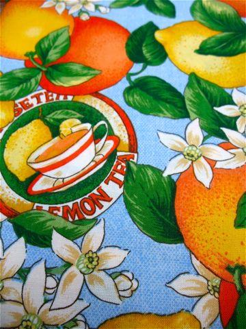 フントヒュッテオリジナル首輪カラーリードリーシュハーネス文京区ヴィンテージファブリック東京hundehutteビンテージ生地フルーツ柄生地Lemon & Orange Collar Leash Harness_a.jpg
