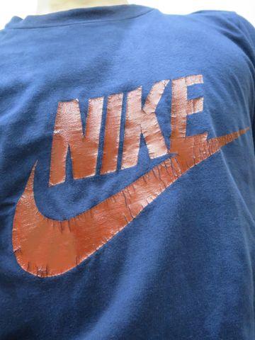 NIKE オレンジタグ TM表記 後期型 1978〜1980年頃のタグ 70s 80s ビンテージTシャツ ナイキ 画像 スウォッシュプリント ロゴT ネイビー 希少 Sサイズ 1.jpg