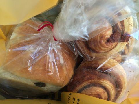 Baking Lab おいしいパン屋さん 文京区 白山 隠れ家パン屋さん 天然酵母 オーガニック 有機 金曜土曜の二日のみの営業 天然酵母を使ったパン屋さん 限定営業 11.jpg
