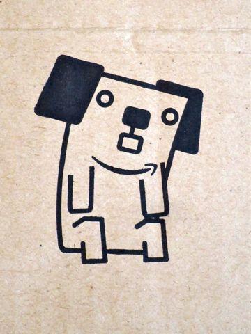 Amazon 15周年 アマゾン 箱 段ボール アマゾンボックス 15周年記念ボックス 数量限定 『あなたとアマゾンボックス』コンテスト 犬キャラクター名前 ポチ 4.jpg