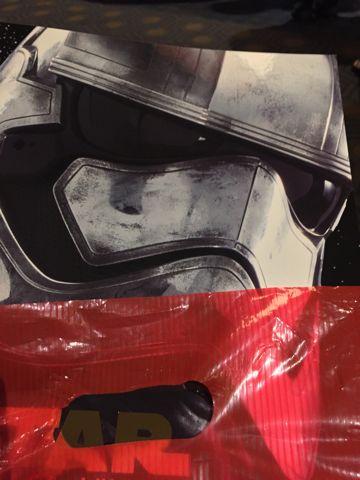 Star Wars The Force Awakens スター・ウォーズ フォースの覚醒 2015年12月18日(金)18時30分全国一斉公開 JJエイブラムス監督 カイロ・レン レイ フィン BB-8 TOHOシネマズ 9.jpg
