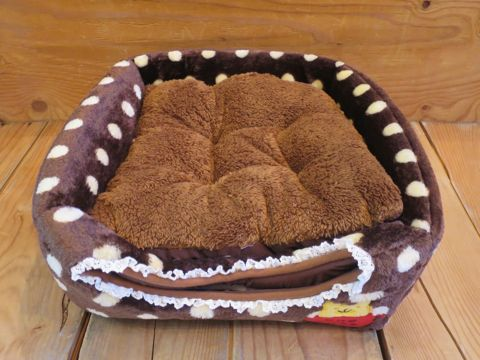 ポンポリース PomPreece 犬用ベッド犬用カドラー画像かわいい犬用ベッド販売店都内犬グッズショップ東京フントヒュッテ駒込 2WAYカドラー ドットボア_6.jpg