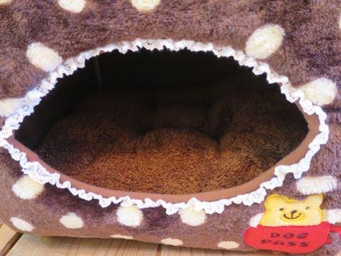 ポンポリース PomPreece 犬用ベッド犬用カドラー画像かわいい犬用ベッド販売店都内犬グッズショップ東京フントヒュッテ駒込 2WAYカドラー ドットボア_11.jpg