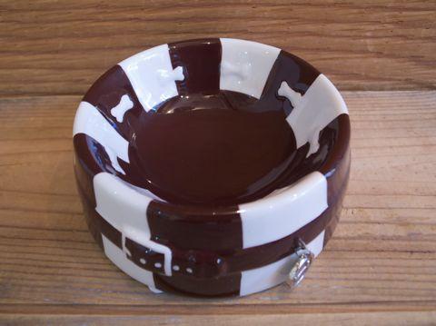 DOGUE ドーグ オーストラリアにあるセレブリティ御用達のブティックペットショップ発のブランド STRIPED DOG BOWL CHOCO 犬用食器 ドッグフードボウル _ 1.jpg