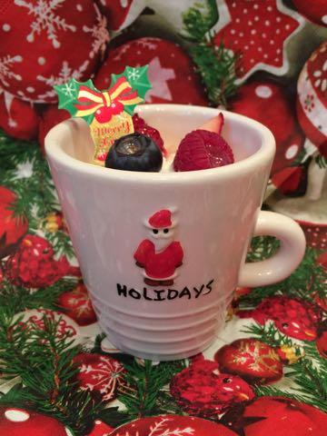 クリスマスサンタクロースクリスマスプリンデコレーション画像クリスマスかわいい器可愛い入れ物ケーキ容器サンタさんHOLIDAYS.jpg