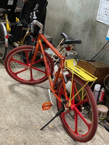 ゲイリー・フィッシャー ゲイリーフィッシャー Gary Fisher ゲイリー・クリストファー・フィッシャー Gary Christopher Fisher 自転車 マウンテンバイク USA製 MADE IN USA アメリカ製 自転車に釘 タイヤ 4.jpg