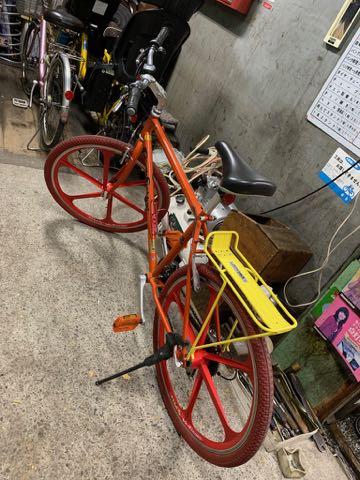 ゲイリー・フィッシャー ゲイリーフィッシャー Gary Fisher ゲイリー・クリストファー・フィッシャー Gary Christopher Fisher 自転車 マウンテンバイク USA製 MADE IN USA アメリカ製 自転車に釘 タイヤ 5.jpg