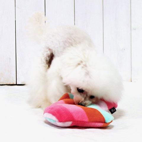 iDog&iCat アイドッグアイキャット iToy 国産ペット用おもちゃ POPな柄のキノコ型おもちゃ カシャカシャ入りでワンコも夢中に 東京 フントヒュッテ 画像 犬用おもちゃ _ 11.jpg