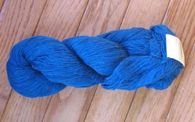 スウェーデンの青い糸