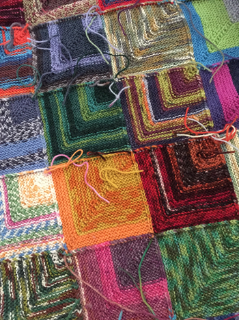 ドミノ編み毛布の裏側