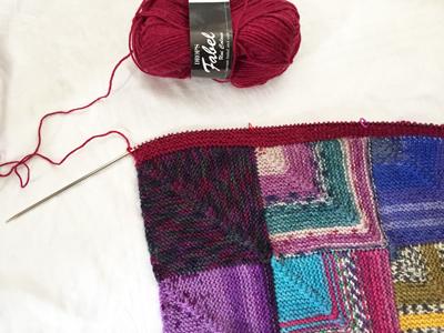 ふちを編む