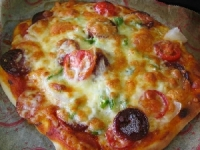 パン用米粉のピザ