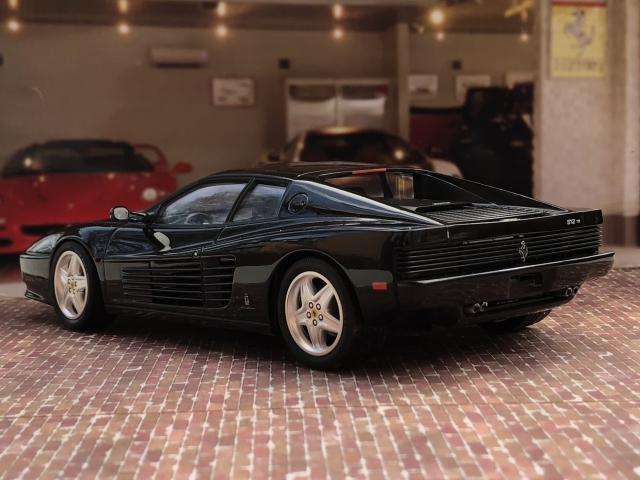 フジミ フェラーリ512TR