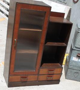 レトロ食器棚