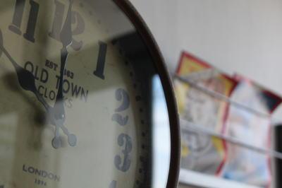 アンティーク風な時計