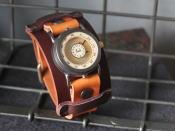 秋のレザー時計