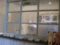 ドロッグリ木製窓 かわいい