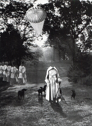 岡上淑子《沈黙の奇蹟》1952