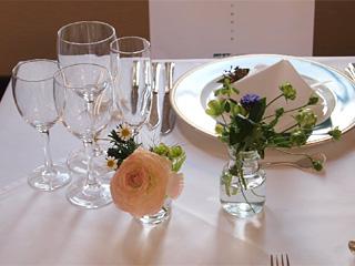 自由学園明日館のテーブル装花