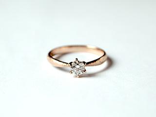 ジュエリー作家・上武香織さんにお願いした婚約指輪(エンゲージリング)