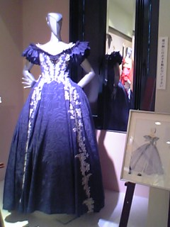 いづる姫のドレス