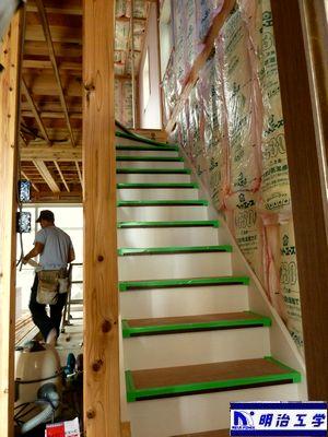 新築現場第二弾【断熱材編】その2 一階から上へ 大工さん ペット可貸家