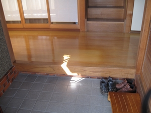 床リフォーム 玄関 画像(大工が語る裏話)