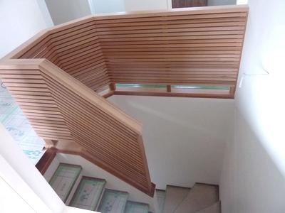 無垢 階段 デザイン