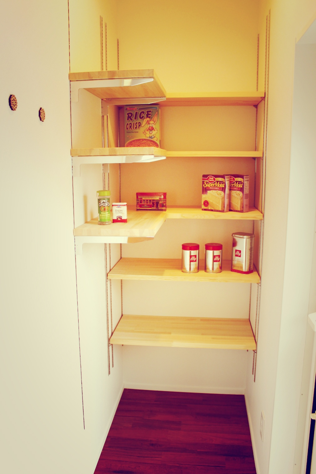 パントリー食品庫 画像 新潟市のセレクトハウス施工