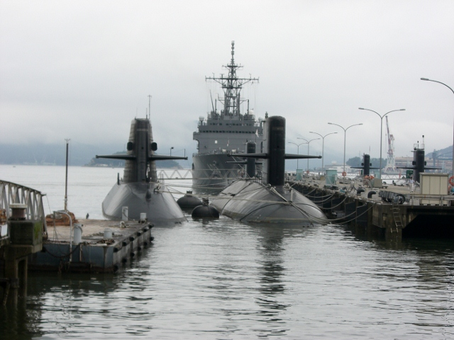 呉 潜水艦 03