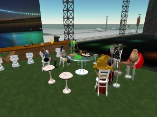 SECOND LIFE CAMP:Cafe & Bar Real Dreams
