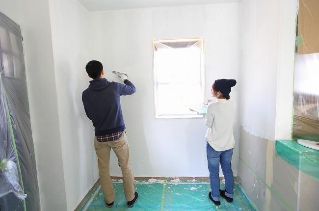 スイス漆喰カルクウォール塗り壁体験会4月28日 DIY しっくい塗り