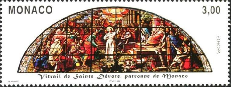 モナコ St. Devote教会のステンドグラス