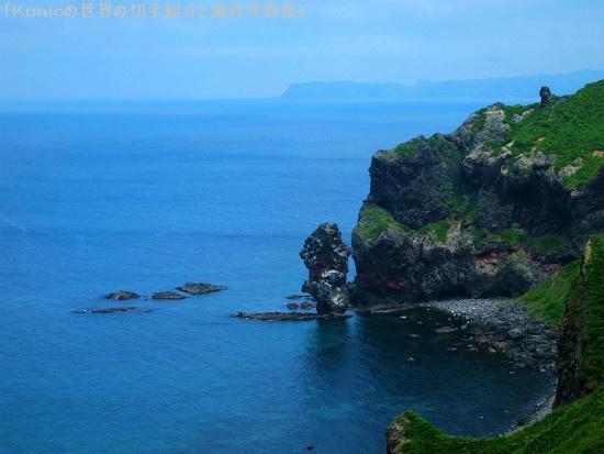 透明度の高い積丹ブルーの海