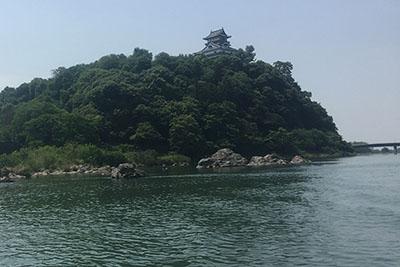 木曽川と犬山城