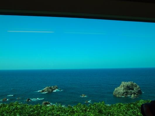 しらかみの車窓.JPG