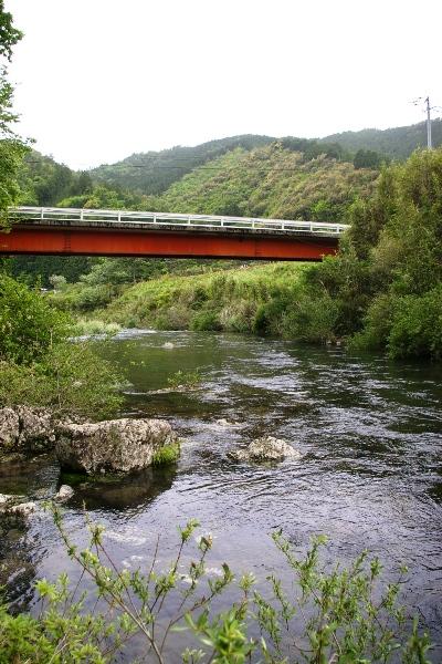 四万十町松葉川沿いの風景1